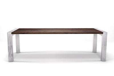 Nussbaum Tisch massiv 4cm nach Maß mit Astanteil und Tischbeinen aus Stahl.