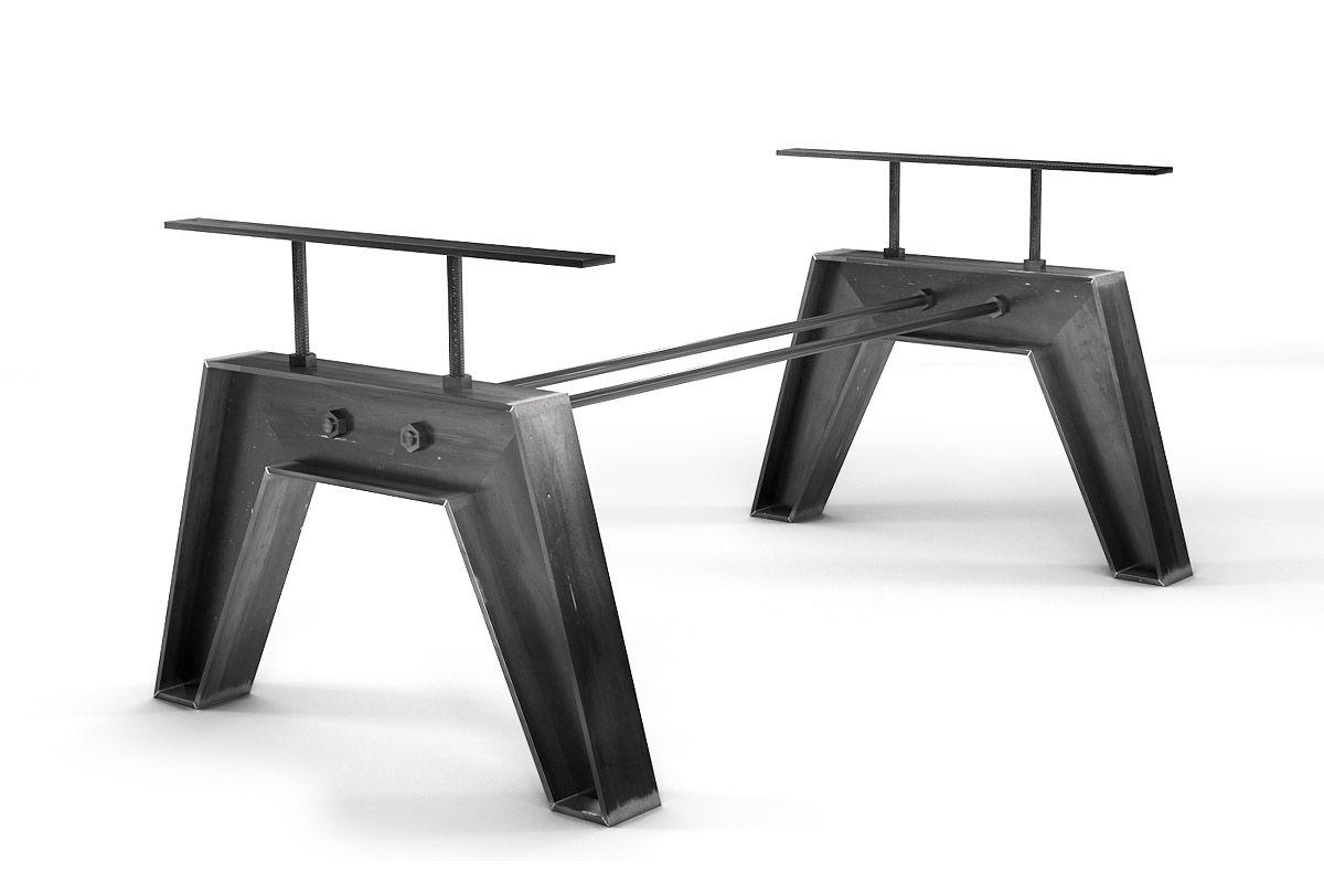 Tischgestell nach Maß aus Stahl im angesagten Industriedesign gefertigt.