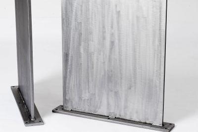 Stahlwangen mit Schweißnaht und Lochbohrungen