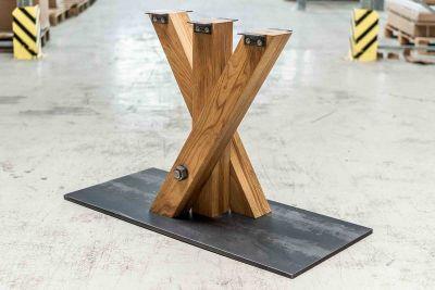 Tisch Mittelfußgestell Eiche nach Maß THY10