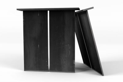 Stahl Tischwangen in vollmassiver Ausführung nach Maß gefertigt