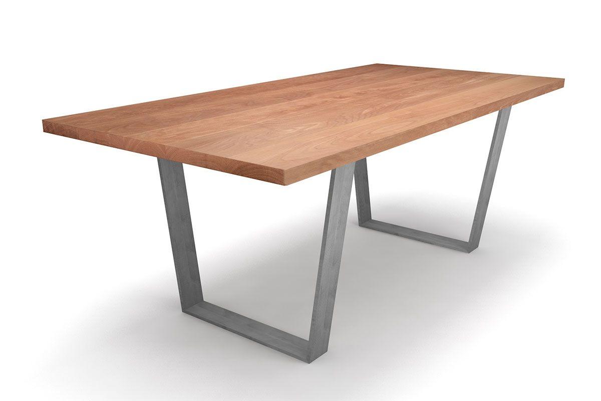 Massiver Buche Esstisch mit Stahl Kufen nach deinem Maß konfiguriert.
