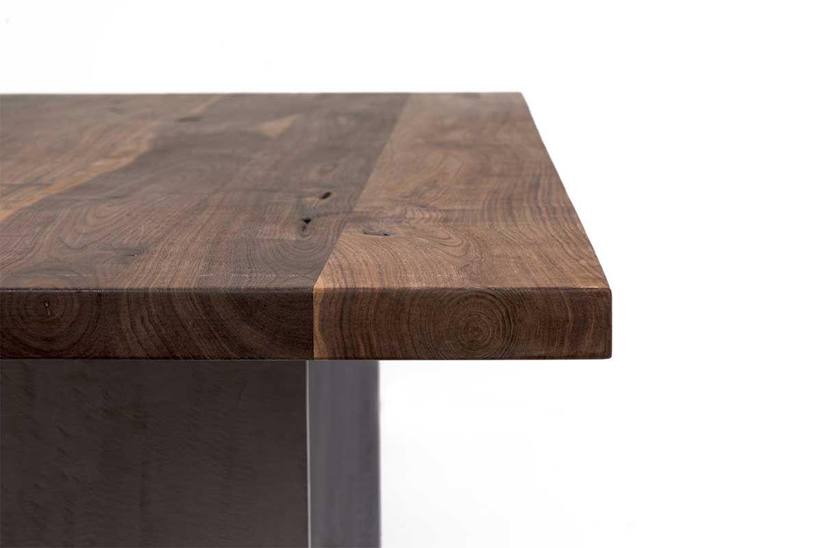 stahlwangen esstisch nussbaum massiv nach ma holzpiloten. Black Bedroom Furniture Sets. Home Design Ideas