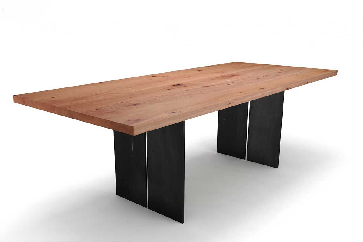 Massivholztisch Buche mit Tischwangen aus Eisen nach Maß gefertigt