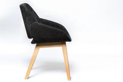 Klassicher Esszimmer Stuhl mit Holzgestell C2