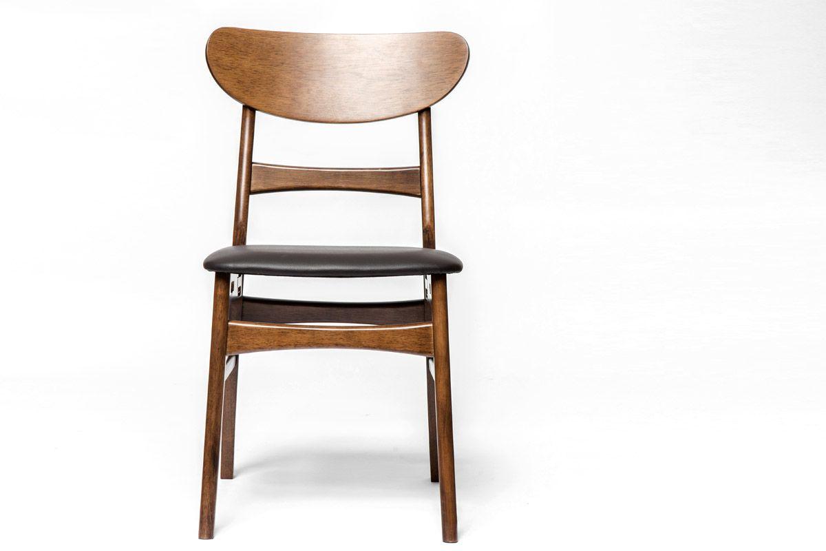 Stuhl Holz im zeitlosen Gewand