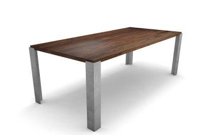 Nussbaumtisch massiv nach Maß mit Tischbeinen Metall