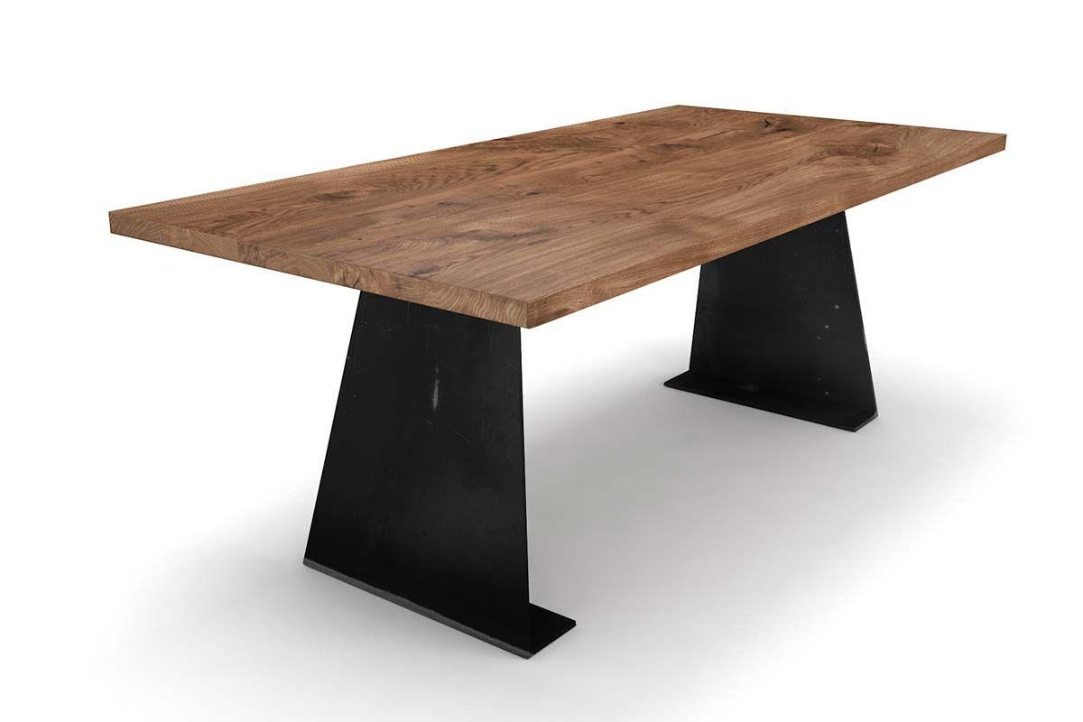 Design Esstisch Eiche mit Stahl Tischwangen nach Maß gefertigt