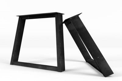 Perfekte Übersicht über den vorhanden industriellen Charakter der Stahl Tischkufen schräg.