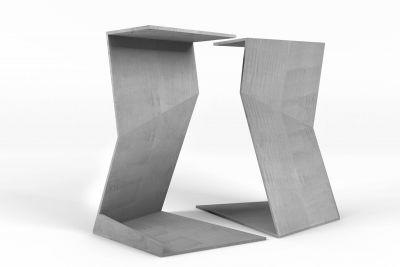 Design Tischgestell aus Stahl nach Maß in futuristischer Optik gefertigt.