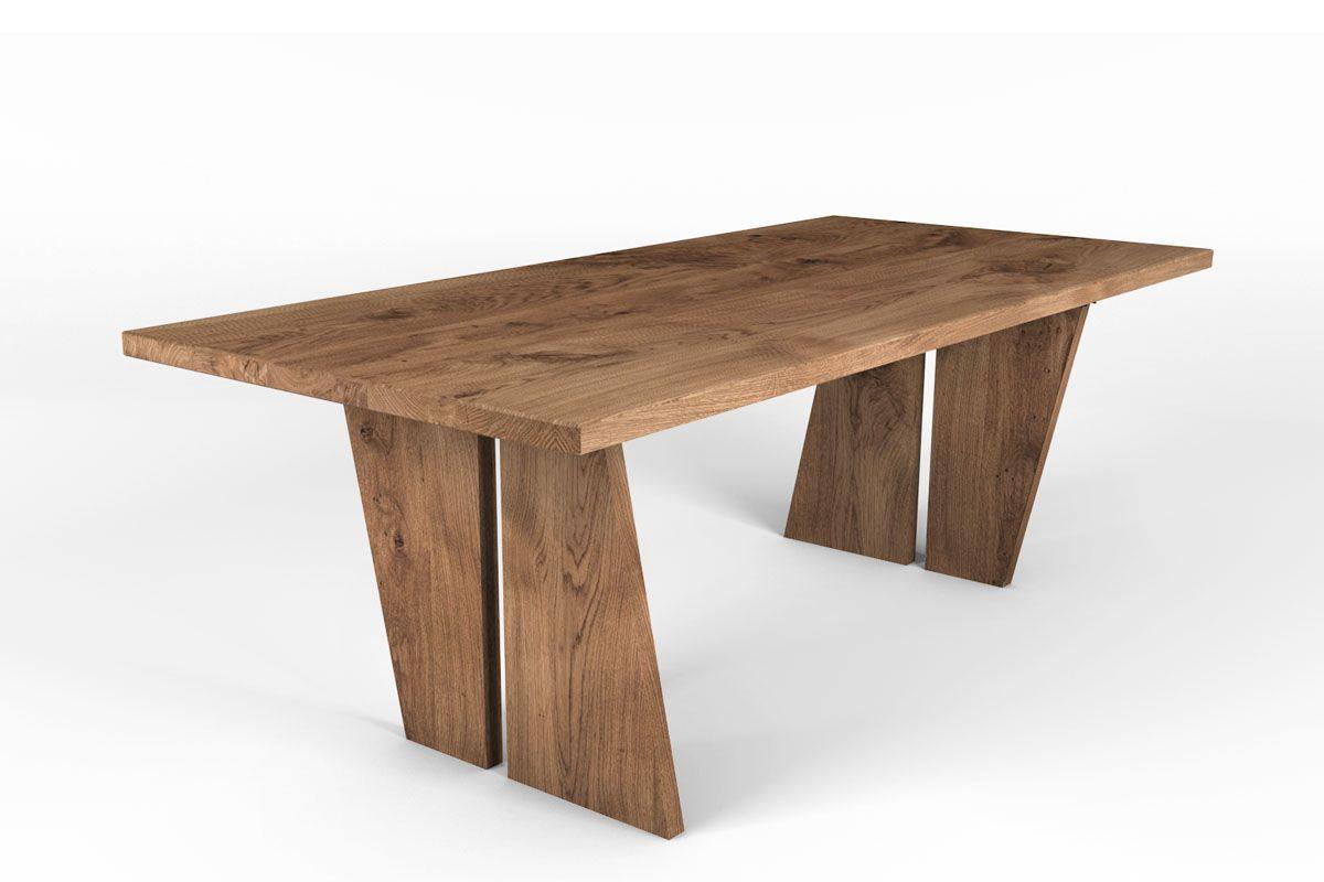 Esstisch aus charaktervoller Eiche mit Holzbeinen