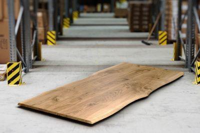 Massive Tischplatte Eiche Ast 3cm stark mit Baumkante gefertigt