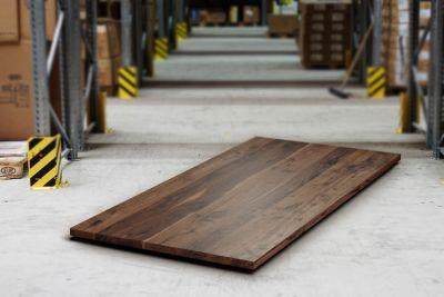 Nussbaumplatte vollmassiv 4cm mit Astanteil nach Maß gefertigt