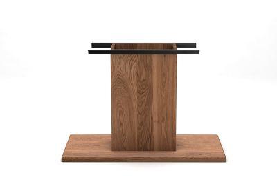 Holz Mittelfuß Tischgestell nach Maß aus purem Massivholz gefertigt.