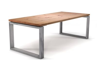 Moderner Charaktertisch in Buche massiv mit Tischkufen Eisen