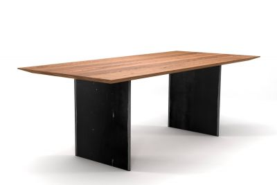 Massivholz Tisch Eiche auf Maß gefertigt