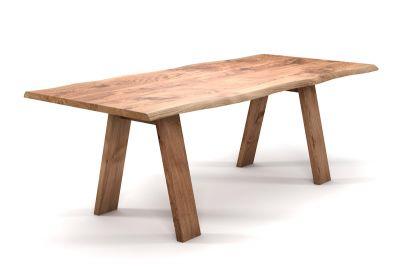 Baumtisch Eiche nach Maß mit Massivholz Tischbeinen schräg