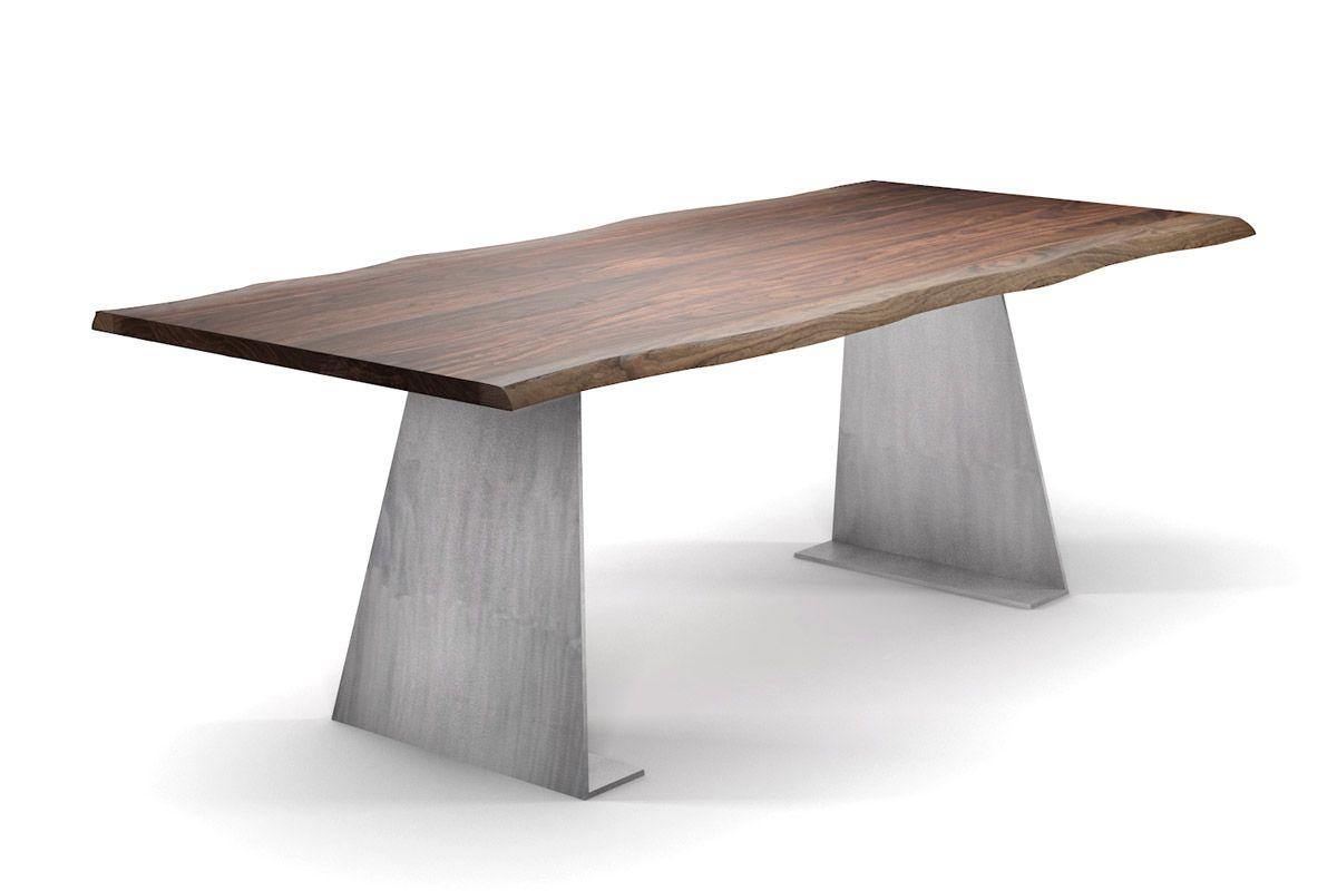 Nussbaum Massivholz Esstisch mit Baumkante und konischen Stahlwangen