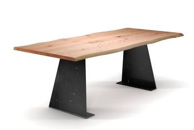 Eisenwangen Tisch aus Buche mit Baumkanten