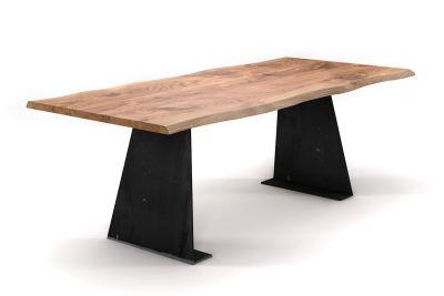 Esstisch Asteiche mit Baumkante nach Maß und massiven Stahl-Tischwangen in Trapezform