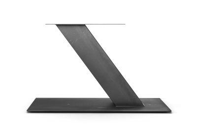 Stahl Tischgestell Mittelfuß schräg in ansprechendem Design nach Maß gefertigt