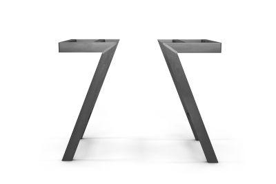 Tischbeine Metall 2er Set nach Maß in stylischer Schrägstellung gefertigt.