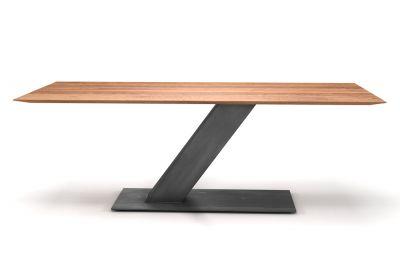Design Esstisch aus Eiche mit Facettenkante und Mittelfuß