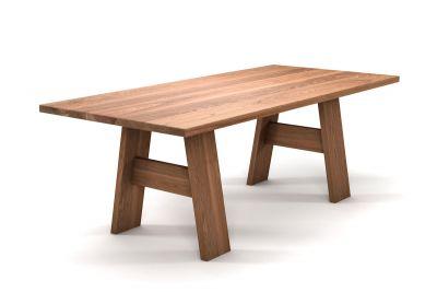 Eleganter Esstisch aus Eiche mit Holzbeinen nach deinem Maß gefertigt