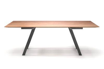 Esstisch in Buche massiv mit Schweizer Kante und Tischbeinen aus Stahl