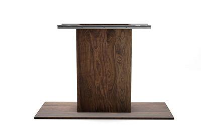 Mittelfuß aus Nussbaum nach Maß in massiver Ausführung gefertigt