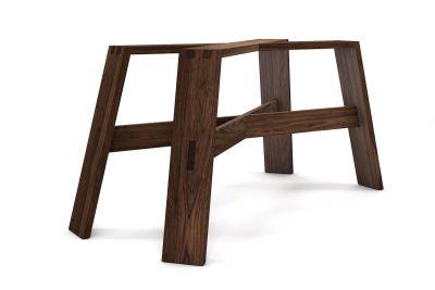 Tischgestell Nussbaum massiv nach Maß im modernen Design gefertigt