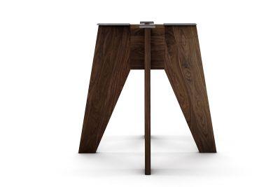 Nussbaum Mittelfuß Tischgestell auf Maß aus Massivholz gefertigt
