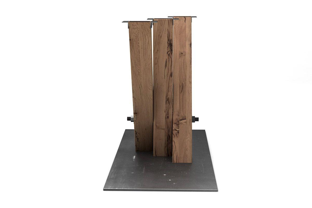 Esstisch Mittelgestell modern aus alter Eiche und Metall