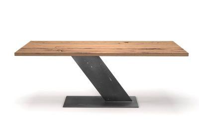 Esszimmertisch in Z-From Design aus alter Eiche 4 cm und massivem Stahl