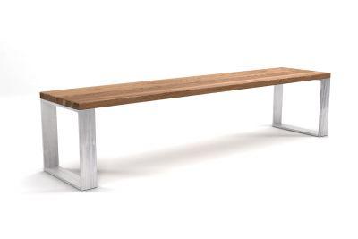 Sitzbank Eiche modern mit Astanteil und Metallkufen in vollmassiver Ausführung gefertigt.